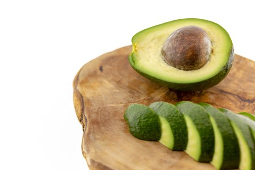 ripe avocado, peeled, pitted and sliced